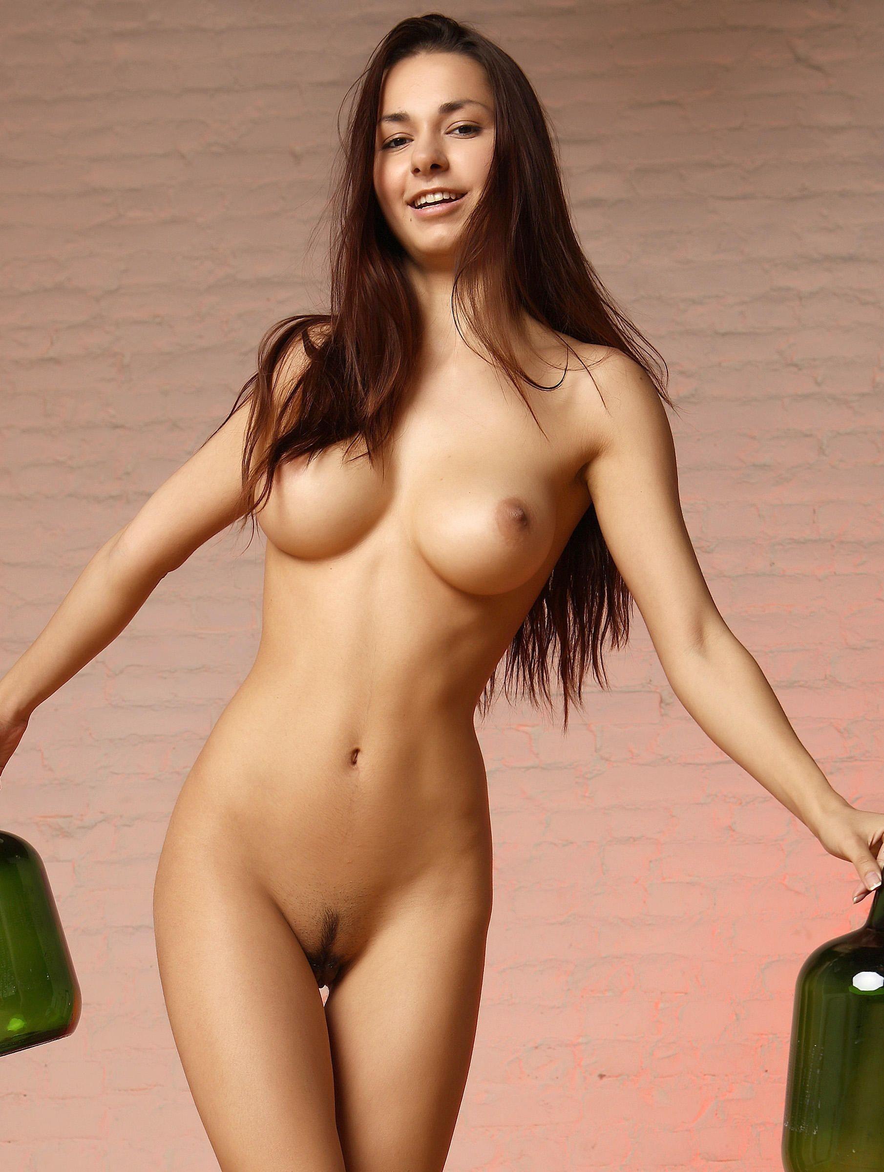 Helga Lovekaty nude full frontal photo shoot the fappening