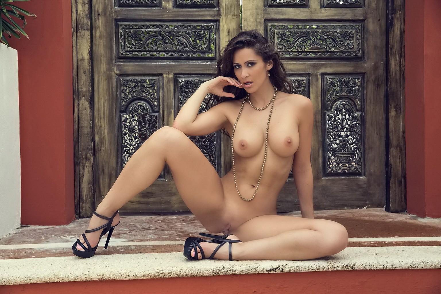 Seethrough Bikini Pics