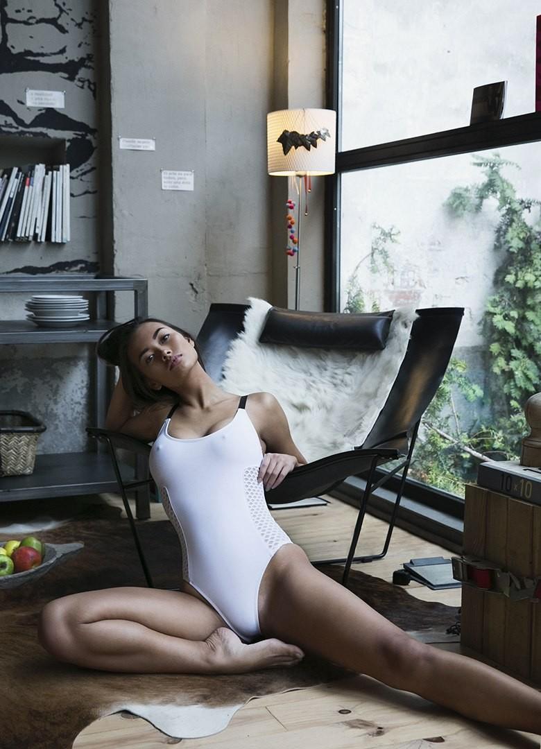 Swedish Model Jennifer Berg Nude Photo Shoot