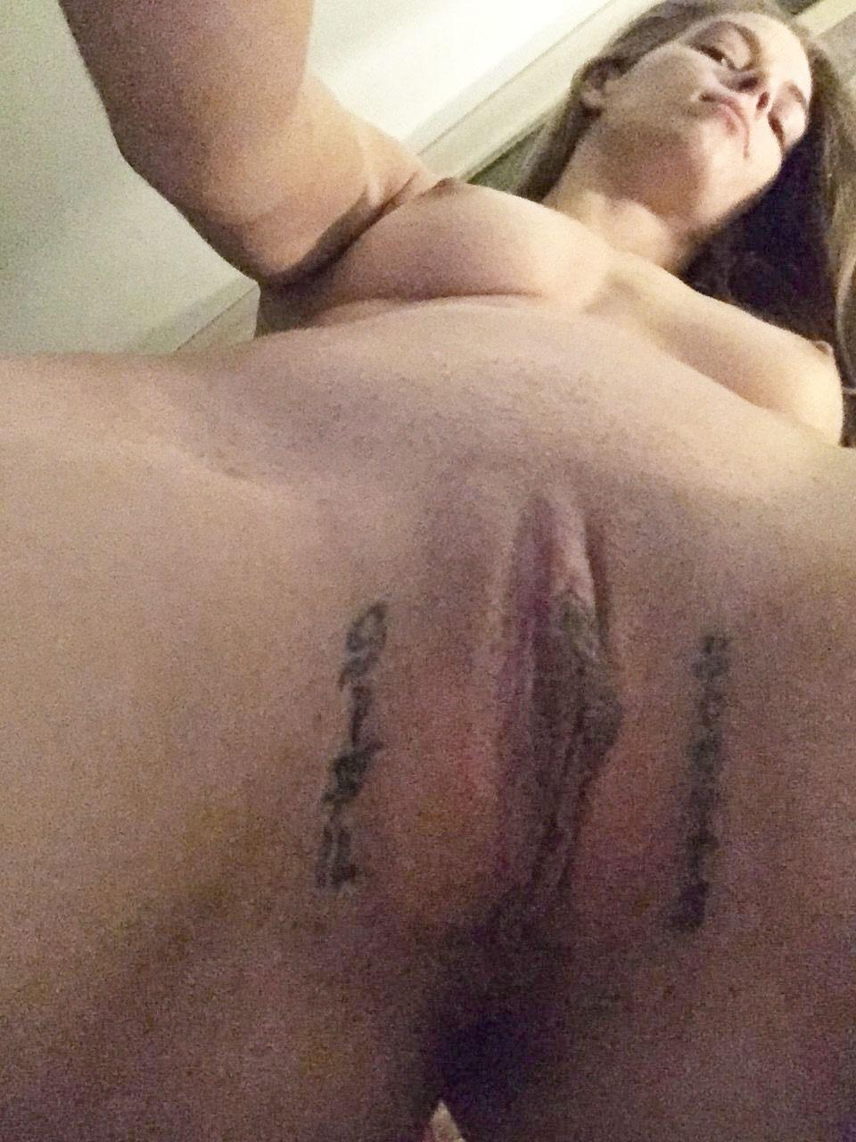 Jessamyn duke nude pics