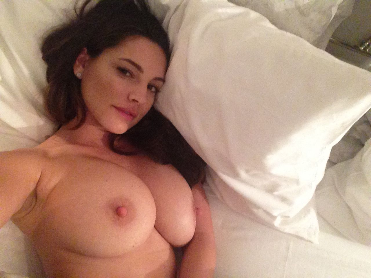 Jason Statham's ex-girlfriend Kelly Brook naked