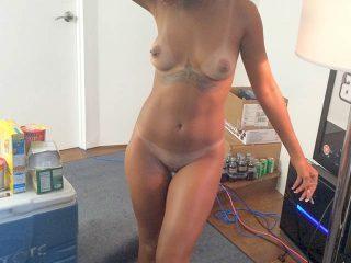 Rihanna Leaked iCloud Fappening Nudes