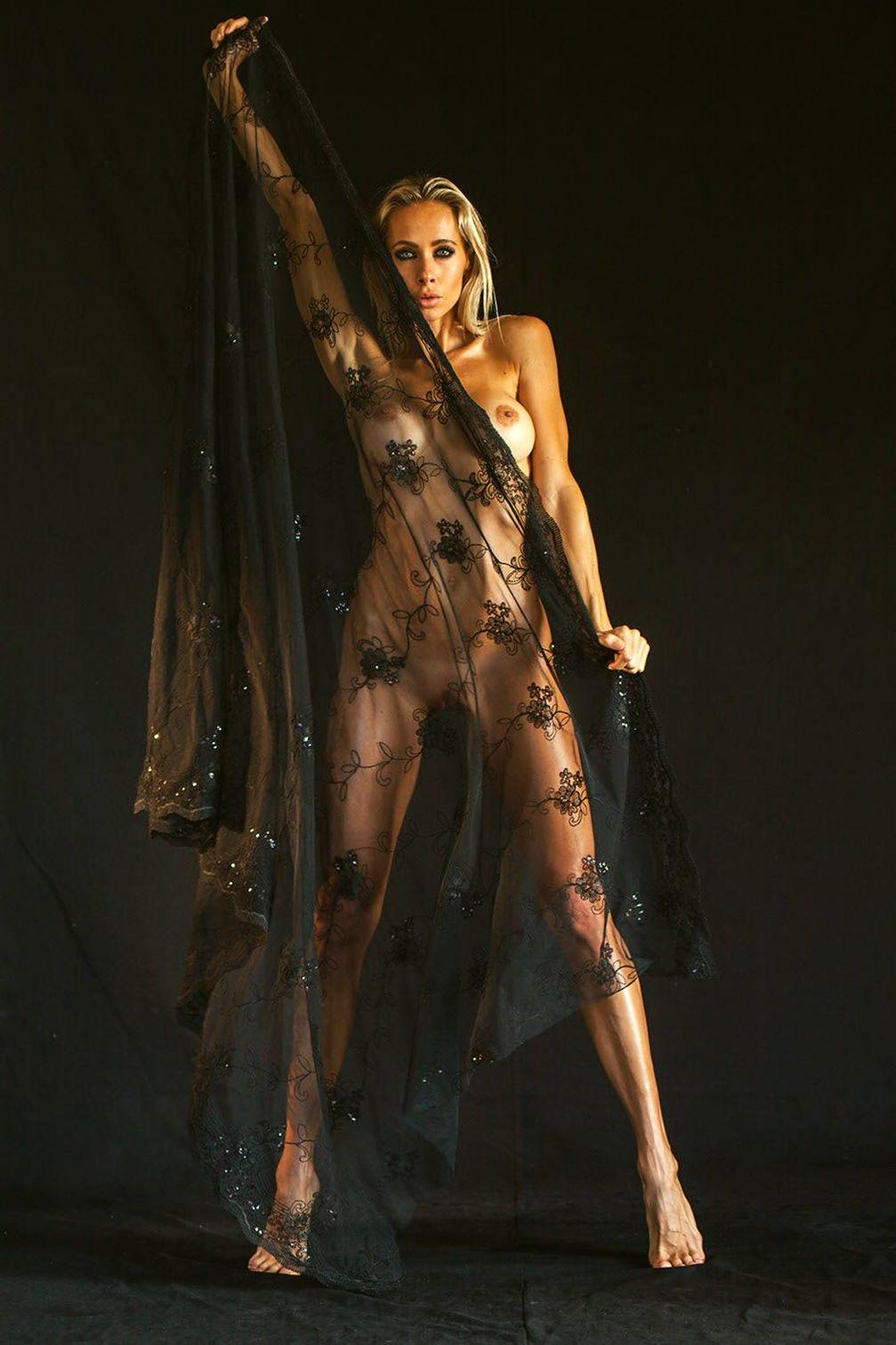 Yoga Teacher Jesse Golden Nude Private Photo Shoot Leaked