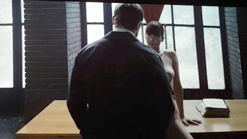Oscar nude scenes