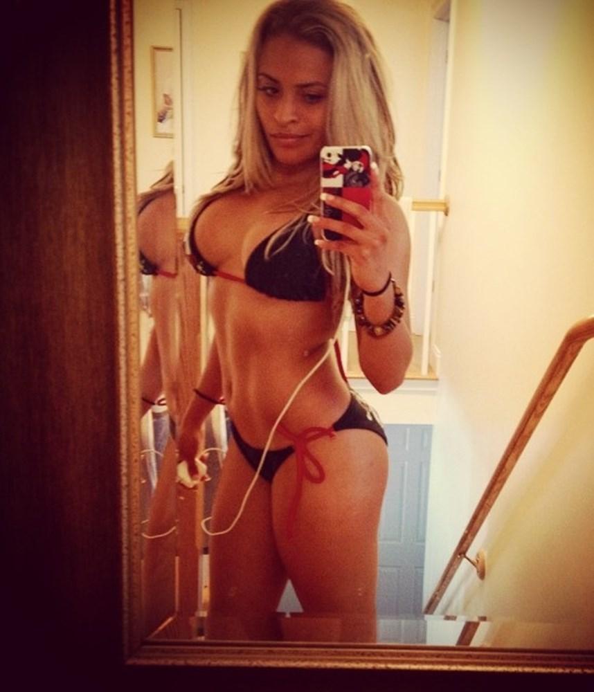 Zelina Vega Nude Photos Leaked the Fappening 2018
